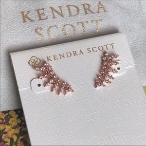 Kendra Scott NWOT Laurie Rose Gold Ear Climbers
